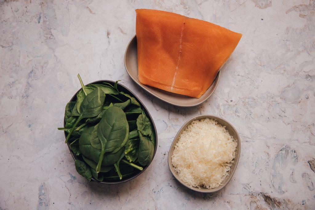 Rezeptidee Nr. 3: Brickteig-Taschen mit Lachsfilet, Spinat & Parmesan
